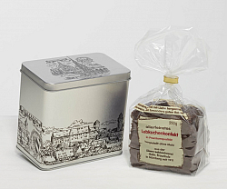 Gingerbread confectionary in silver tin